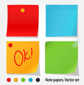 Colored note papers. Vector set — Stock Vector