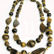 Tiger eye yellow and brown beads — Stock fotografie