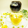 Stockfoto: Herbal tewith daisy essence