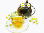 Chá de ervas com flores Margarida — Fotografia Stock