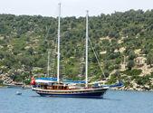 Yacht in the aegean sea — Stock Photo