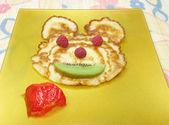 Sweet pancake animal face — Stock Photo