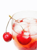 Alcohol liqueur cocktail with cherry — Stock fotografie