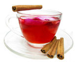 Punch tea drink with wild rose petals and cinnamon — Стоковое фото