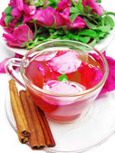 Punch cocktail tea drink with wild rose cinnamon spice — Stock Photo