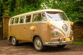 A VW Wedding camper van — Stock Photo