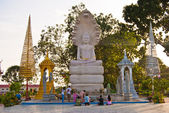 Buddhist Prayer in the Independence Square, Sihanoukville, Cambodia — Stock Photo