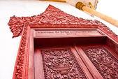 A fragment of the door with column, Ream Pagoda, Krong Preah Sihanouk, Cambodia — Stock Photo