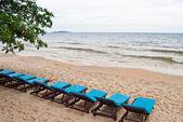 Line of blue beach bed on the beach, Sihanoukville, Cambodia — Stock Photo
