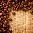 Coffee Border design. Beans over Burlap Background — Foto Stock