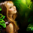 Beautiful Girl in Green Mystical Forest — Stockfoto