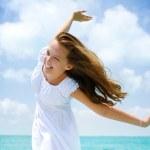 Beautiful Girl Having Fun on the Beach — Stock Photo