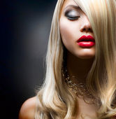 Blond Fashion Girl — Stok fotoğraf