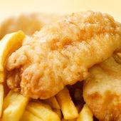 Ryba z frytkami — Zdjęcie stockowe