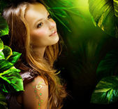 Beautiful Girl in Green Mystical Forest — Stock Photo