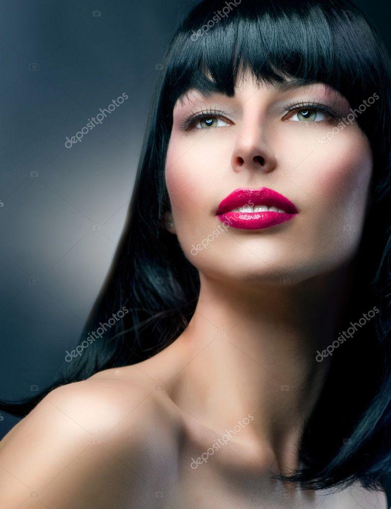 Самая красивая модель брюнетка фото 12 фотография