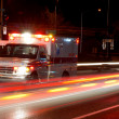 natt ambulans — Stockfoto