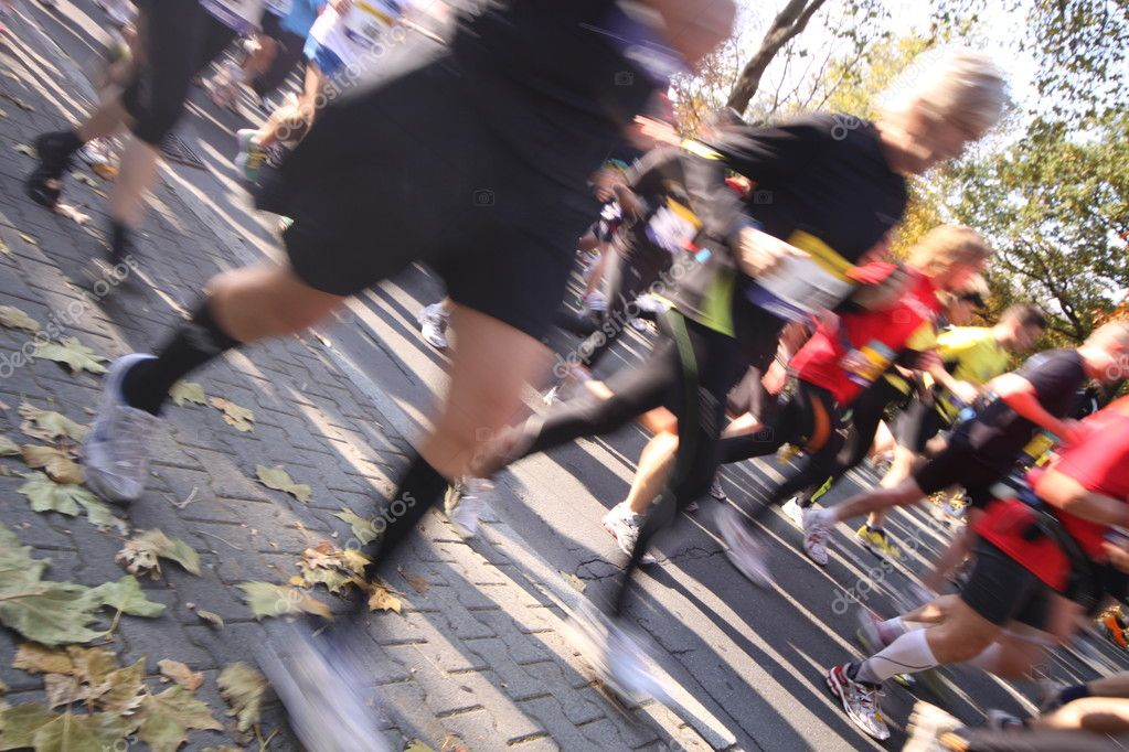 Unidentified runners during the Frankfurt Marathon in Germany in motion blur — Stock Photo #11949872