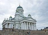 Catedral de helsinki y los turistas — Foto de Stock