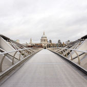 St Paul's Cathedral and Millennium Bridge — Stock Photo