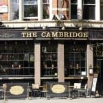 Outside view of a english pub — Stock Photo #11052923