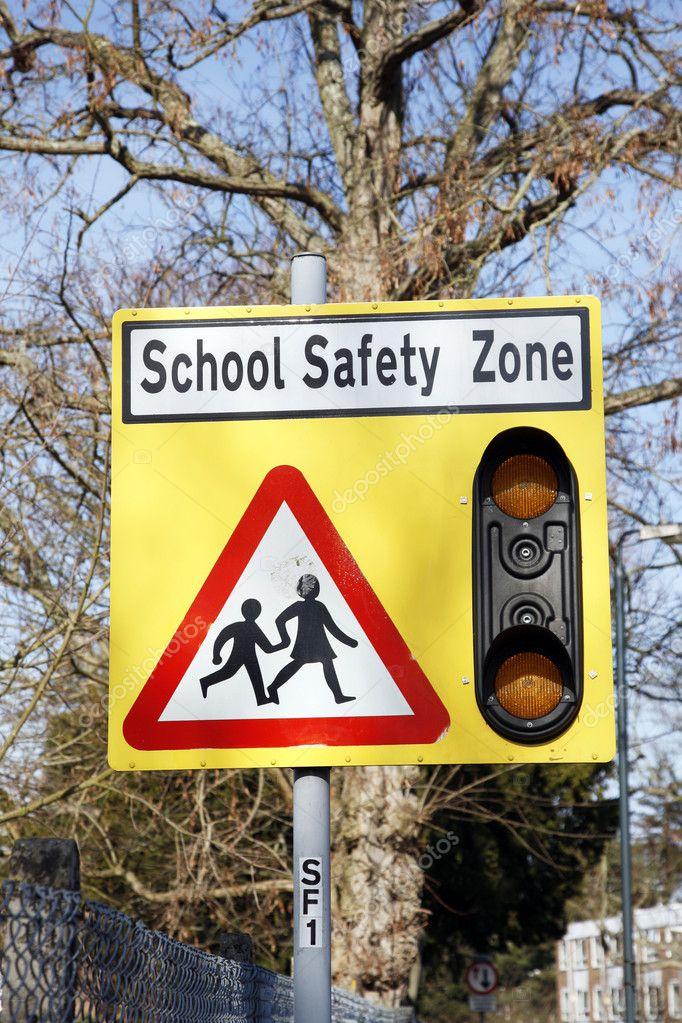 Citaten School Zone : Zona de seguridad escolar — foto stock anizza