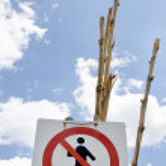 Forbidden to walk towards the sky — Stock Photo