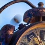 ročník budík zvoní — Stock fotografie