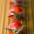 Cherry tomatoes with spaghetti — Stock Photo #10804590