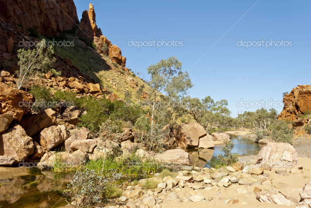 Wild nature at Simpsons Gap, Northen Territory, Australia — Stock Photo #11219962