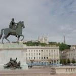 Pomnik Ludwika XIV na placu place bellecour, lyon, Francja — Zdjęcie stockowe