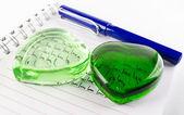 Green heart crystal — Stock Photo