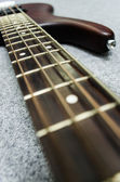 Close up of bass fret — Stockfoto