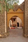 Old ornate kasbah door — Stock Photo