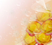 Yellow roses and bubbles. — Stock Photo