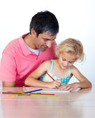 Beautiful daughter painting with her father — Foto de Stock