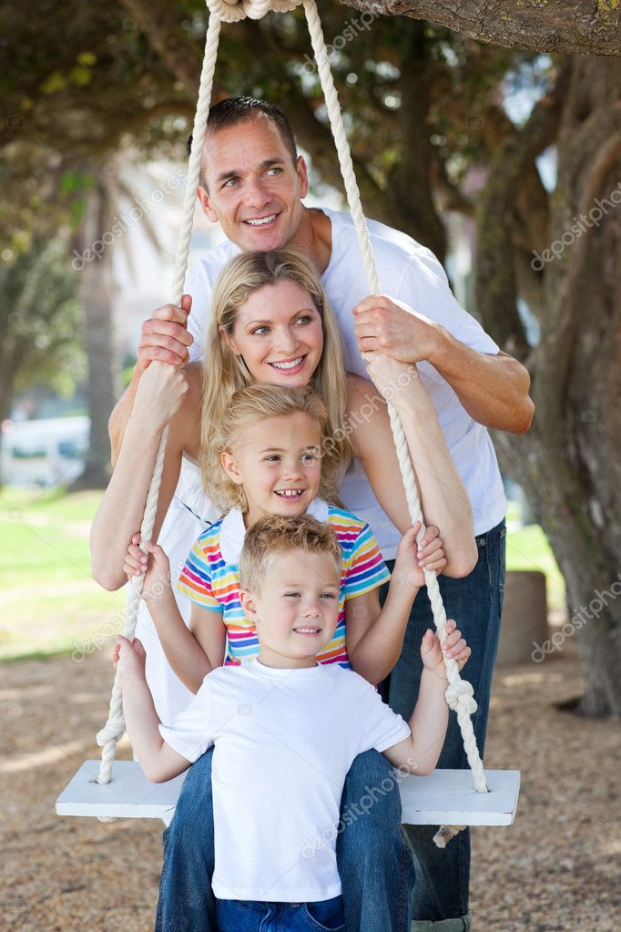 Свинг семьями фото 16 фотография