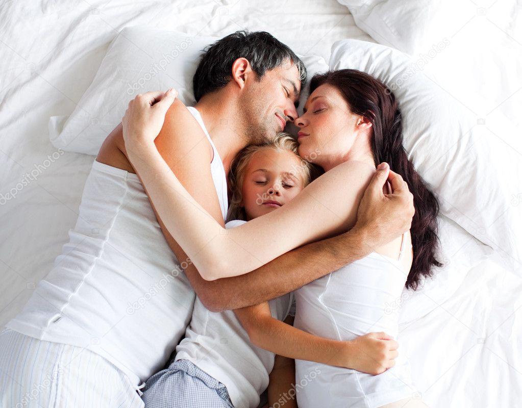 Секс дома мальчик и девочка 1 фотография