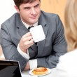 Young businesspeople doing a break and eating — Stock Photo #10837206