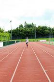 Erkek atlet atletik eğitim — Stok fotoğraf