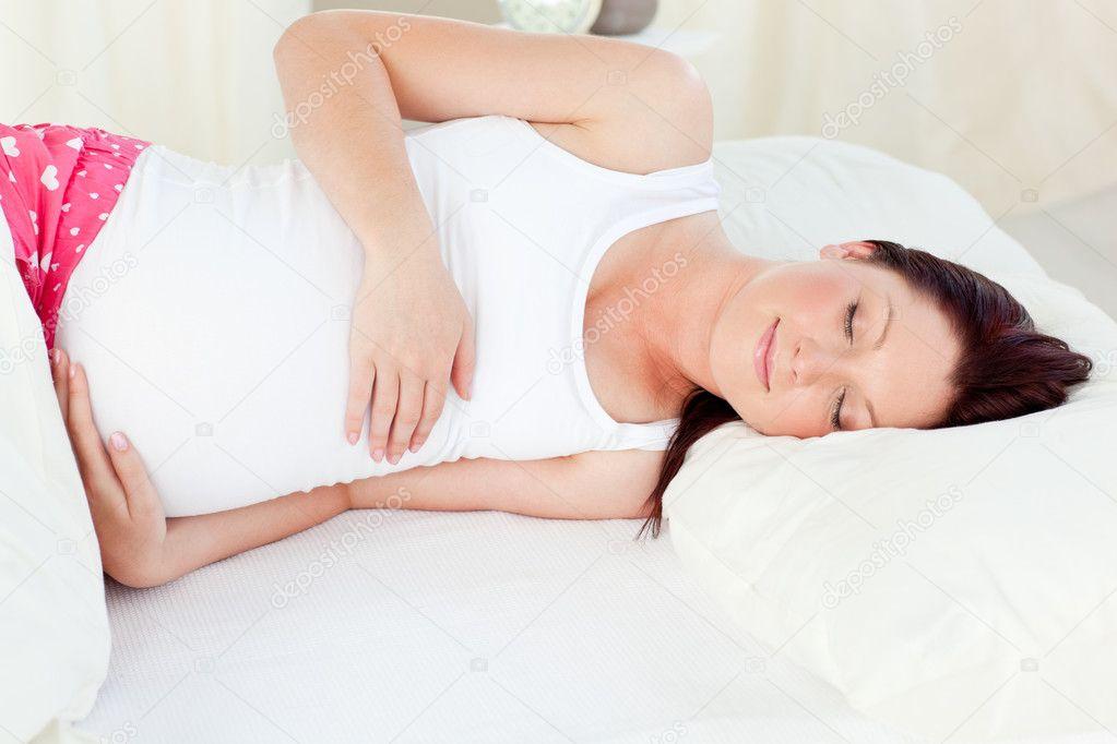 При беременности часто переворачиваюсь во сне