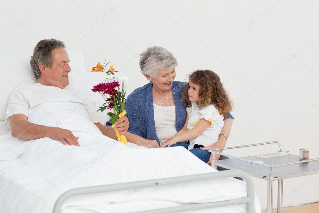 в постеле фото бабуля и внук сетки металла