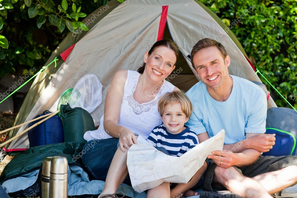 Family camping in the garden — Stock Photo #10848138