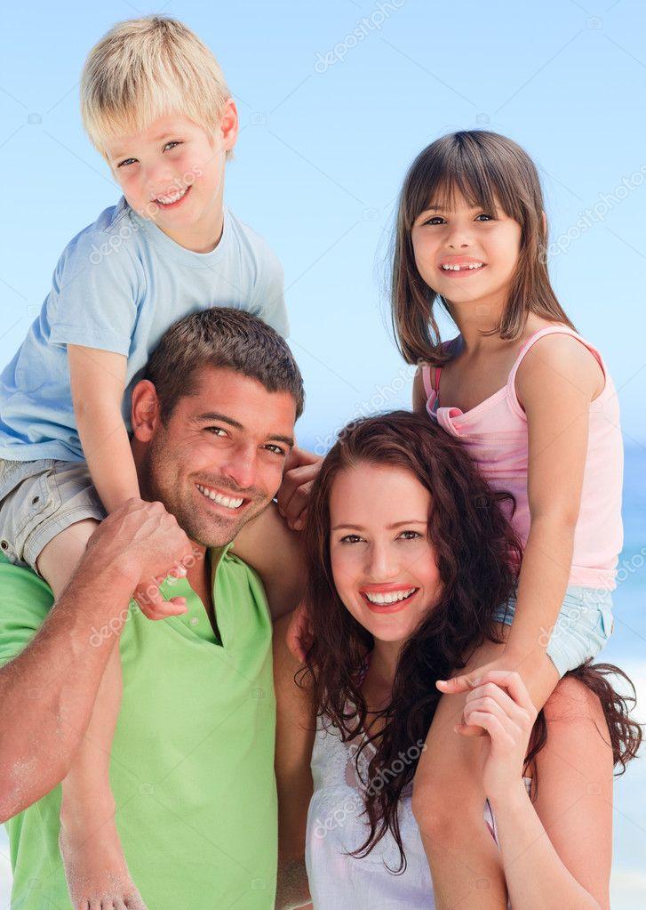 фото родители с детьми нудисты № 192988  скачать