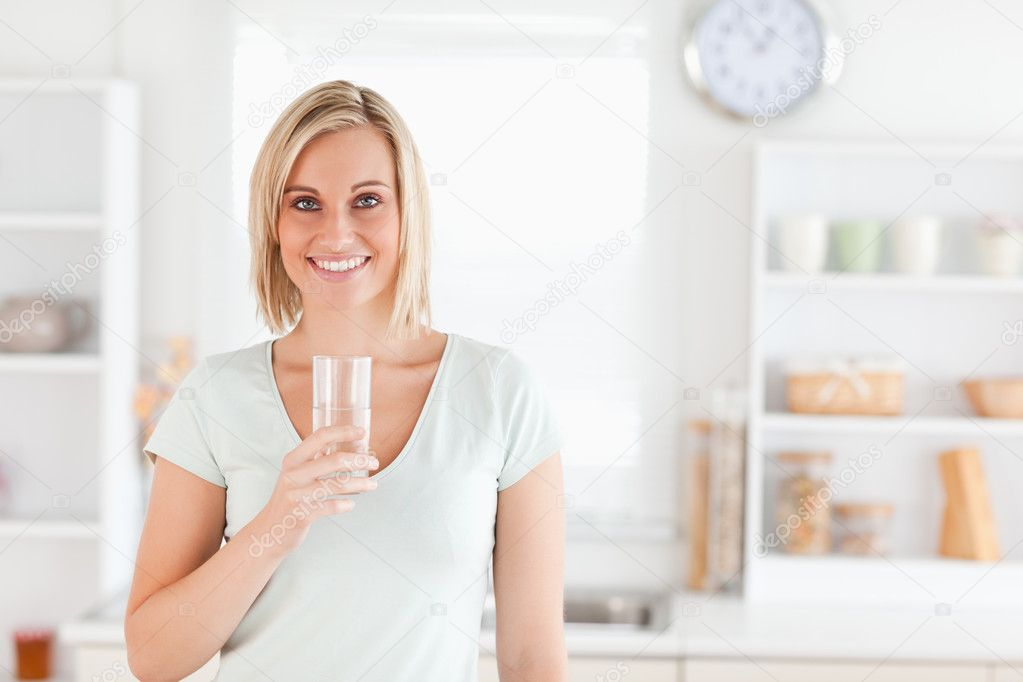 заполненный водой фото