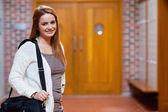Joven estudiante posando — Foto de Stock