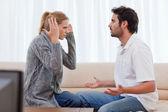 Jovem casal discutindo — Foto Stock