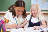 Pupils working together — Stock Photo
