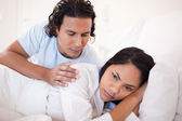 Man trying to calm down his girlfriend — Stock Photo