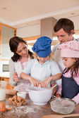 Portrait of a family baking — Stock Photo
